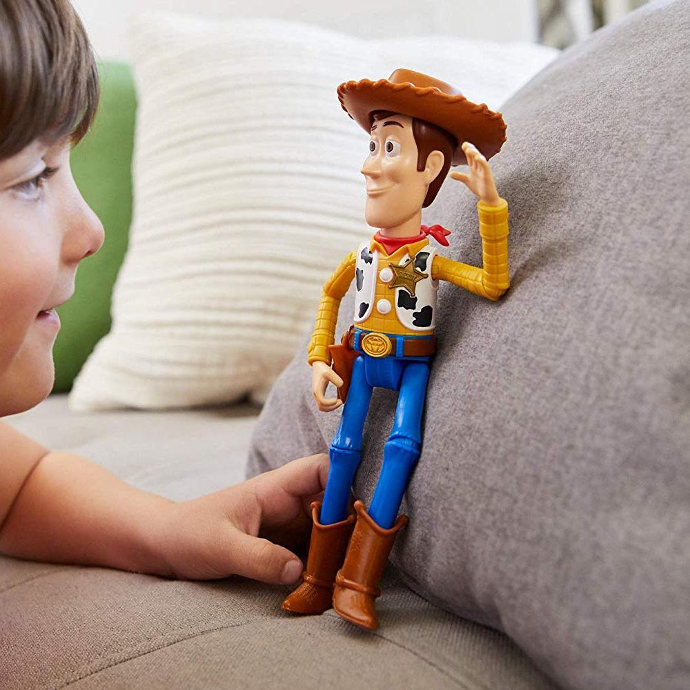 toy-story-figurka-podvignaya-woody-kupit